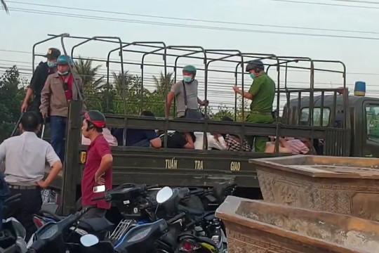 """Tiền Giang: Vây bắt gần 100 """"quái xế"""" đua xe trái phép trên QL1"""