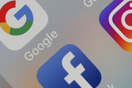 """iOS 14.5 thách thức cho những """"ông lớn"""" trong ngành quảng cáo"""
