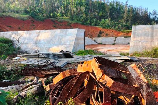 Người dân đảo thiếu nước trong khi dự án cấp nước tiếp tục kéo dài