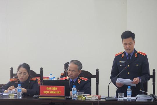 Xét xử vụ án xảy ra tại TISCO: VKS không chấp nhận đổi tội danh cho các bị cáo