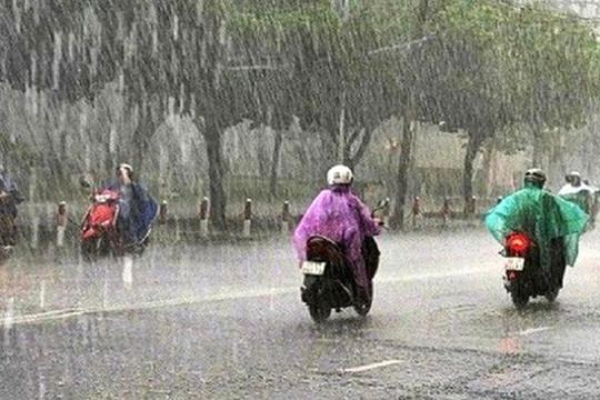 Mưa lớn ở Bắc Bộ và Bắc Trung Bộ, Hà Nội có khả năng xảy ra lốc, sét, mưa đá