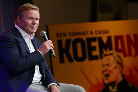 VAR không phải vấn đề của Koeman và Barca