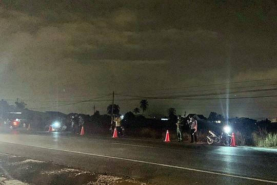 Đi bộ băng qua đường,  2 người phụ nữ  bị xe tải tông tử vong