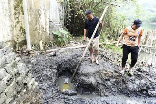 Đình chỉ hoạt động của Công ty TNHH Tân Thái Thanh do xả thải trái phép ra sông Mã