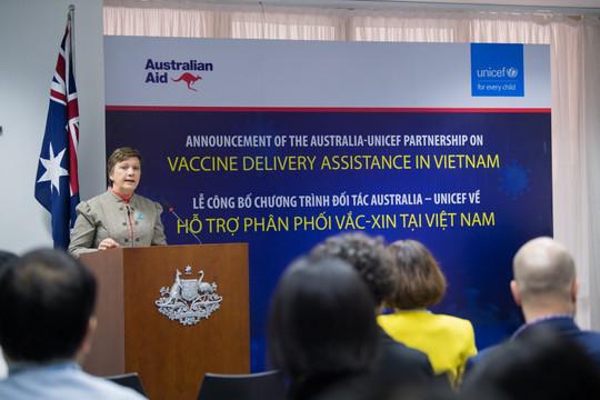 Australia và UNICEF hỗ trợ Việt Nam hơn 240 tỷ đồng để tiêm vaccine COVID-19