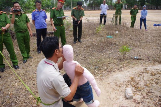 Khởi tố bị can, bắt tạm giam kẻ xâm hại, giết bé gái 5 tuổi