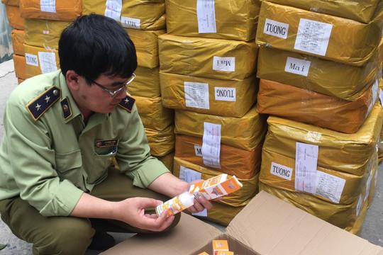 Thu giữ 13.900 lọ tinh dầu thuốc lá điện tử các loại