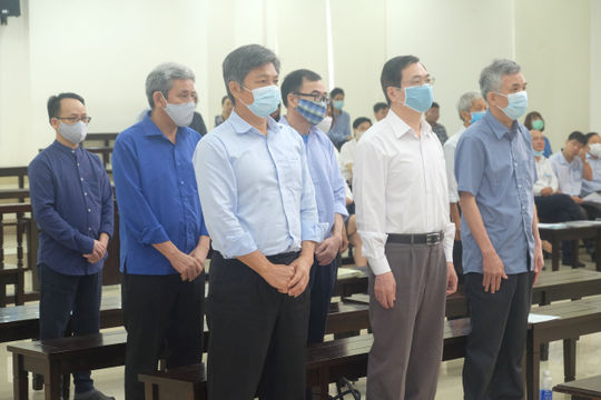 Xét xử cựu Bộ trưởng Vũ Huy Hoàng: Tập trung làm rõ trách nhiệm của các bị cáo