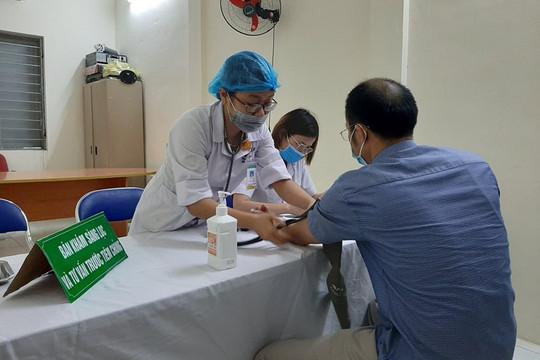 Thanh Hóa: Tiêm vaccine Covid-19 cho các y, bác sỹ