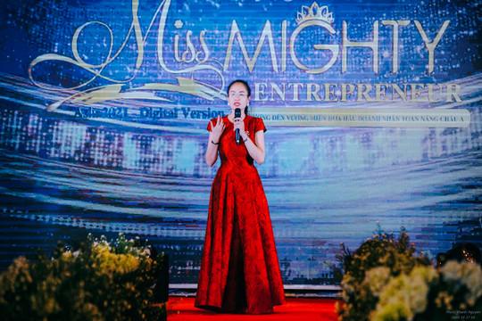 Nhà báo Minh Thúy: Người nặng lòng với các sự kiện tôn vinh nữ doanh nhân