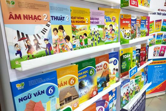 Hà Nội công bố danh mục sách giáo khoa lớp 2 và lớp 6
