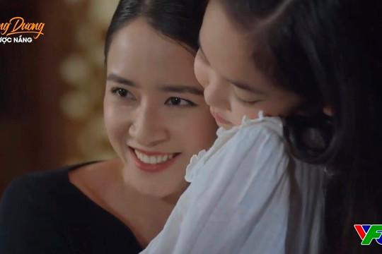 """""""Hướng dương ngược nắng"""" tập 60: Mẹ Cami xuất hiện, Trí mang cháo đến xin lỗi Minh"""