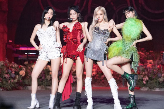 Kpop kêu cứu và đòi bồi thường khi các đêm nhạc bị cấm tổ chức