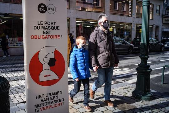 Bỉ bắt giữ 132 người biểu tình phản đối phong tỏa chống dịch COVID-19