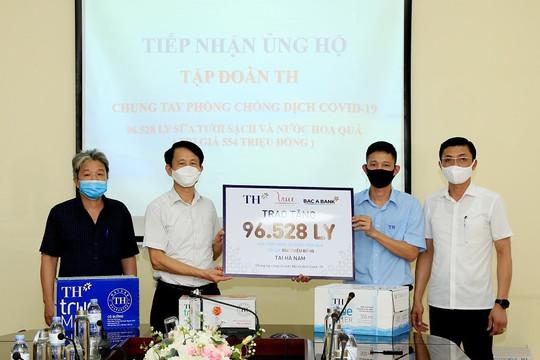 Tập đoàn TH trao tặng Hà Nam, Vĩnh Phúc hơn 145.000 sản phẩm đồ uống tốt cho sức khỏe, chung tay chống dịch COVID-19