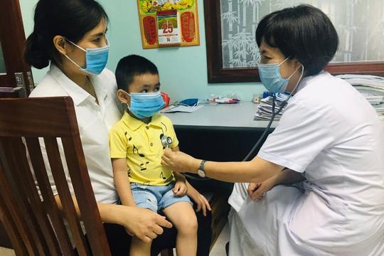 Ghép tế bào gốc cứu sống bé trai 4 tuổi bị suy tủy xương