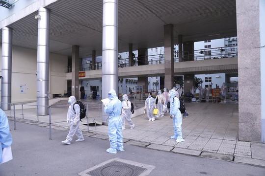 Chuyển 500 bệnh nhân và người nhà ở Bệnh viện K đến khu cách ly