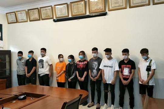 Khởi tố 10 nam nữ đua xe gây náo loạn đường phố Hà Nội