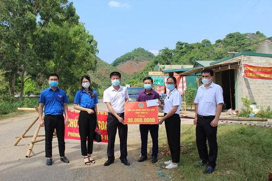 TAND tỉnh Sơn La tiếp sức cho đội ngũ nơi tuyến đầu chống dịch COVID-19