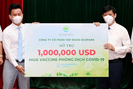 Ecopark trao 1 triệu USD ủng hộ quỹ Vaccine Covid19 của chính phủ