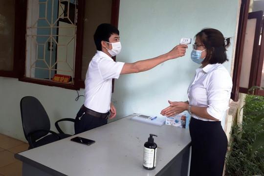 TAND huyện Thiệu Hóa thực hiện nghiêm ngặt quy định về phòng chống dịch bệnh Covid-19