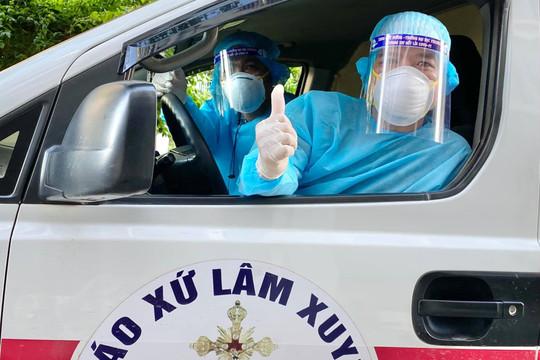 """Tài xế xe cứu thương: """"Khi nào Bắc Giang hết dịch mới về"""""""