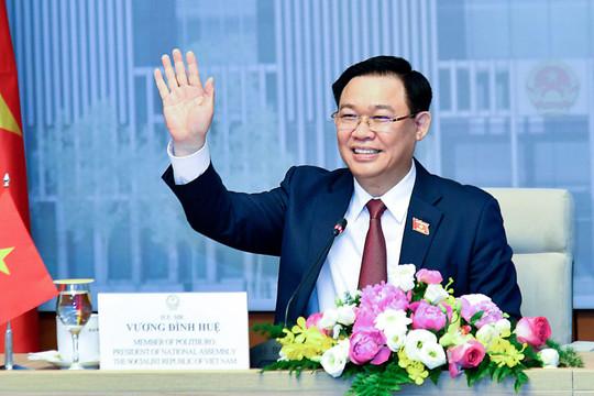 Chủ tịch Quốc hội Vương Đình Huệ hội đàm với Chủ tịch Quốc hội Campuchia