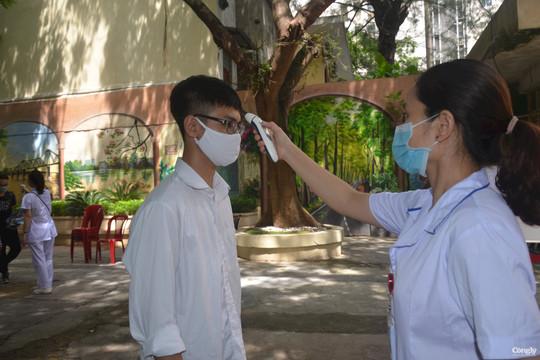 Tuyển sinh vào lớp 10 ở Hà Nội: Huy động các tầng lớp nhân dân tham gia bảo vệ an toàn