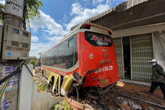 Tai nạn liên hoàn trên đường Hồ Chí Minh, 9 người thương vong