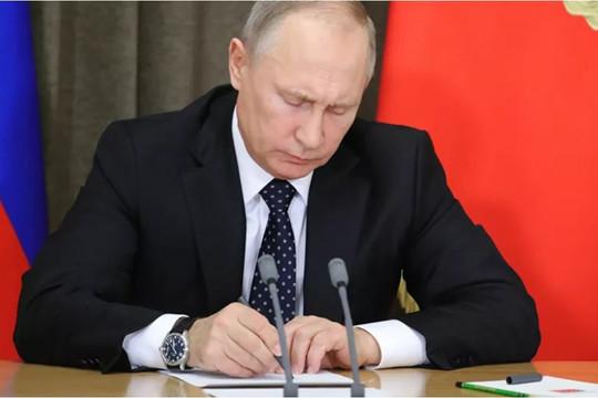 Tổng thống Putin ký đạo luật loại bỏ Hiệp ước Bầu trời Mở