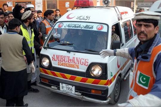 Va chạm tàu hỏa ở Pakistan, ít nhất 30 người thiệt mạng