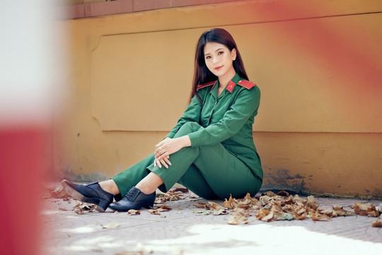 """Thu An – hot girl quân nhân xinh đẹp, tài năng làm """"đốn tim"""" cộng đồng mạng"""