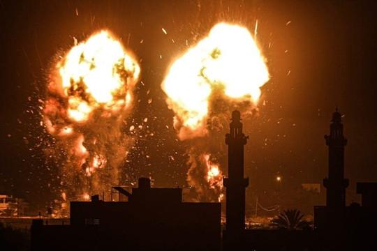 Israel không kích Dải Gaza, thỏa thuận ngừng bắn tan vỡ