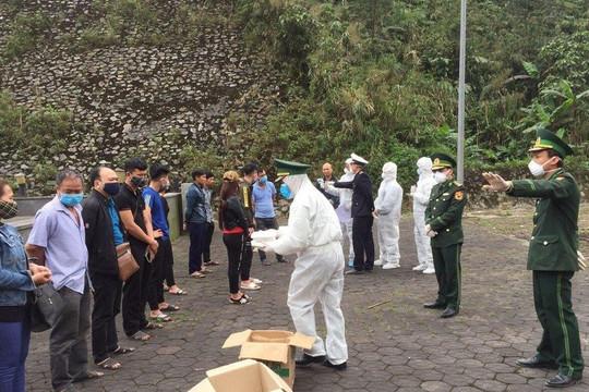 Hà Tĩnh tạm dừng tiếp công dân từ Lào qua Cửa Khẩu Cầu Treo