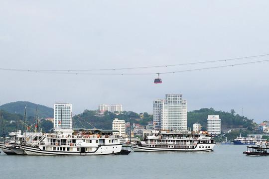 Quảng Ninh miễn vé tham quan vịnh Hạ Long