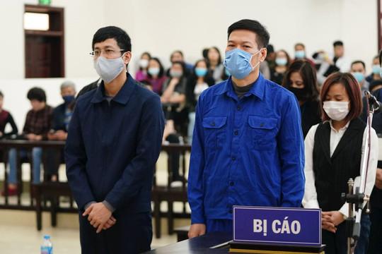 Hai giáo sư và nhiều bác sỹ xin giảm án cho cựu Giám đốc CDC Hà Nội