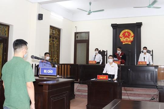 12 tháng tù dành cho đối tượng chống người thi hành công vụ tại chốt kiểm soát phòng, chống dịch Covid-19