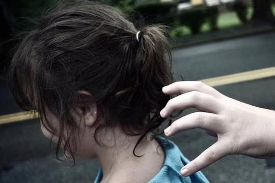 Giải cứu 6 bé gái trong đường dây buôn bán trẻ em