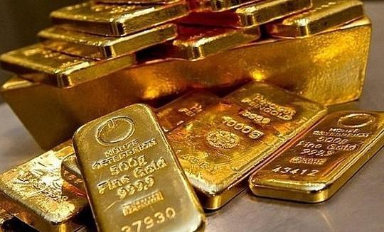 Giá vàng hôm nay 23/6: Vàng chao đảo chờ tin từ Fed