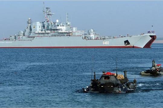 """Nga kêu gọi Mỹ """"từ bỏ"""" tập trận ở Biển Đen"""