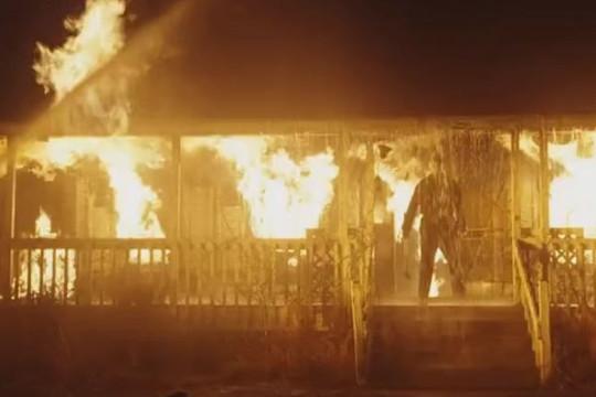 """""""Huyền thoại chém giết"""" Halloween hồi sinh, trailer chạm đỉnh kinh dị"""