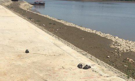 Rủ nhau ra sông Chu tắm mát, hai anh em đuối nước thương tâm