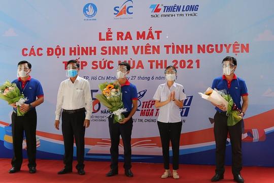 8.700 tình nguyện viên hỗ trợ thí sinh tại 155 điểm thi tốt nghiệp THPT năm 2021