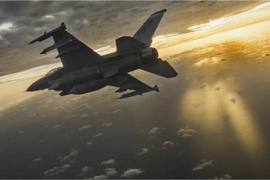 Tổng thống Biden lệnh không kích biên giới Iraq-Syria