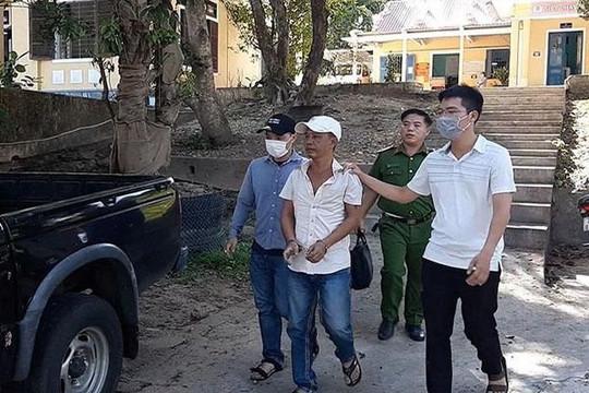 Bắt tên cướp bơm xăng lên người nhân viên cây xăng dọa đốt