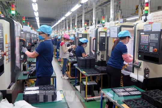2 kịch bản tăng trưởng kinh tế 6 tháng cuối năm