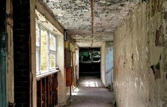 """Hiện trường """"đồ tể vùng Yorkshire"""" gây án bị  bỏ hoang sau nhiều thập kỷ"""