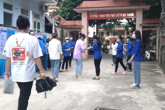Thanh Hóa : 1 thí sinh bị đình chỉ do mang điện thoại vào phòng thi môn Ngữ Văn