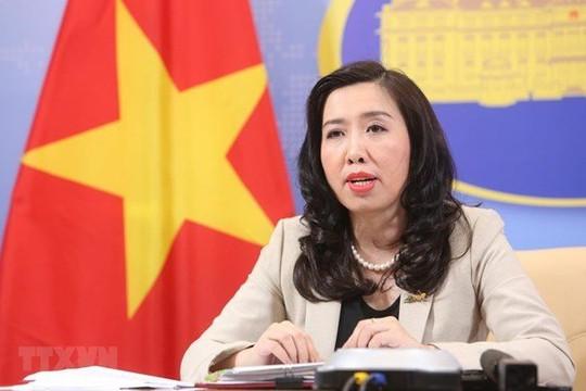 """Bộ Ngoại giao nói gì trước thông tin """"Việt Nam sử dụng vaccine Trung Quốc tặng không như thống nhất""""?"""