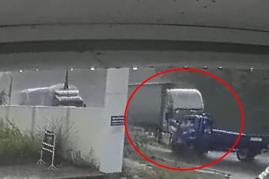Clip: Kinh hoàng khoảnh khắc xe container tông trực diện xe tải ở Lạng Sơn